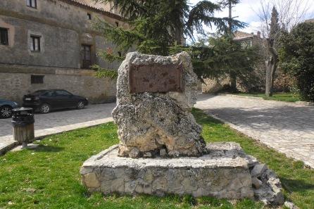 Ezra-Pound-Medinaceli-pomník